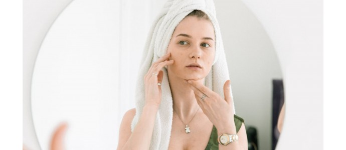 SAY GOODBYE TO SUMMER BREAKOUTS & COMBAT PIMPLES WITH AVANT SKINCARE