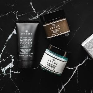 Not long left to make the most of our Black Friday deals 🔔  There's still up to 44% off everything so settle down this Sunday night, get yourself a warm mug of something tasty and go wild on our website 🎁 . . . #avantskincare #blackfriday #blackfridaydeals #blackfridayskincare #skincaredeals #blackfriday2020 #crueltyfree #crueltyfreeskincare #sustainableskincare