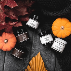 BOO! OUR HALLOWEEN DEALS ARE HERE 👻   🎃 From today until the 1st of November we're taking 25% off all our night creams, treatments and masks 🎃   We're also now offering FREE SHIPPING to UK, US and EU/EAA so there's more reason than ever to place an order!  You can shop then NOW using the link in our bio 🧛🏼‍♀️  . . . #halloween #halloweenskincare #halloweenmakeup #halloweentutorial #trickortreat #skincare #seasonal #avantskincare #avantproductsofthemonth #crueltyfree #sustainableskincare