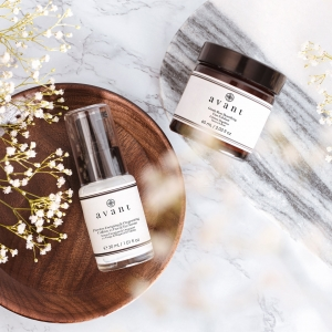 This dynamic duo is the perfect way to start your day!   Reveal fresh skin and rejuvenated skin with our Gentle Rose Beautifying Face Exfoliant then keep it hydrated with our Flawless Energising & Oxygenating Caffeine 2-1 Face & Eye Serum ☀️ . . . #exfoliator #serum #caffeineskincare #avantproductsofthemonth #skincaretoshare #avantskincare #cleanbeauty #crueltyfreebeauty #luxuryskincare #greenbeauty #skincarereview #sustainableskincare #morningroutine #skincareroutine #skincaretips #skincarecollection