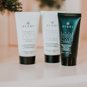 'These have helped me so much and nothing beats not having to use make up and soaking in this instead' - @beckshome31 👏  Remember you can get all these products for 30% off on our website for Black Friday!   Fall in love with Avant just as much as Becks has! ❤️ . . . #moisturiser #nightcream #discoveryedit #blackfridaydeals #blackfriday #blackfridayskincare #avantskincare #influencer #cleanbeauty #crueltyfreebeauty #luxuryskincare #greenbeauty #skincarereview #sustainableskincare